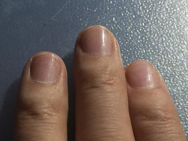 爪を磨いた後